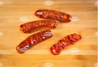 Chorizos curados picantes