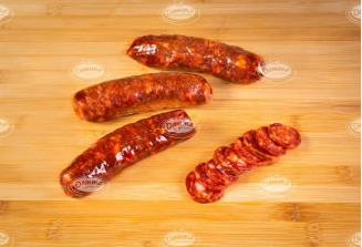 Chorizos curados muy picantes